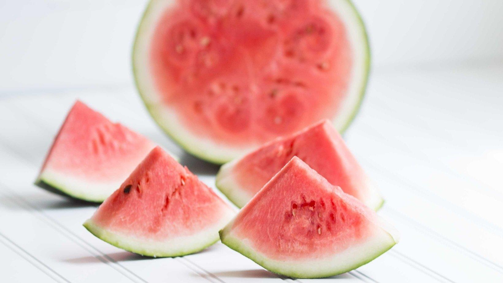Frutas de temporada en julio sandía